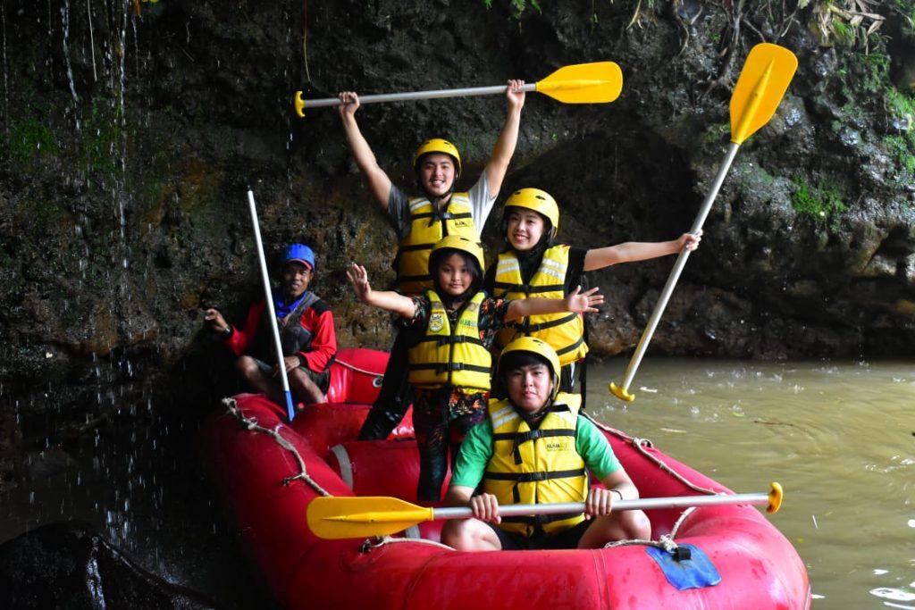 rafting di puncak bogor
