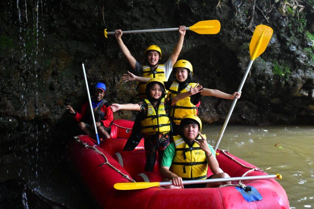 wisata rafting cisadane