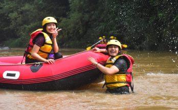 wisata arung jeram di sungai cisadane (28)