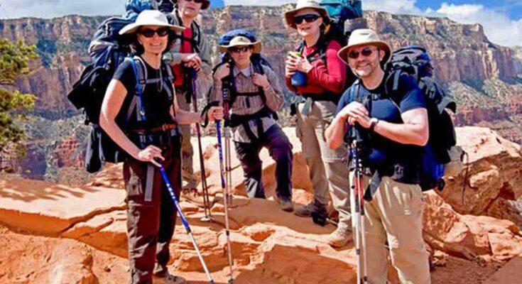 hiking dan trekking di bogor
